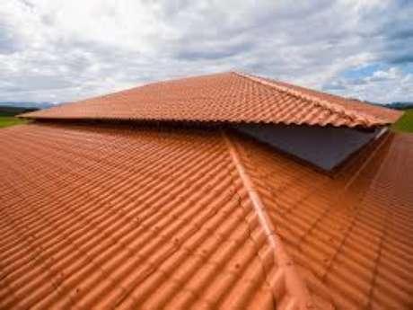 42. Use a telha colonial pvc para ter um telhado resistente e econômico – Por: Afort