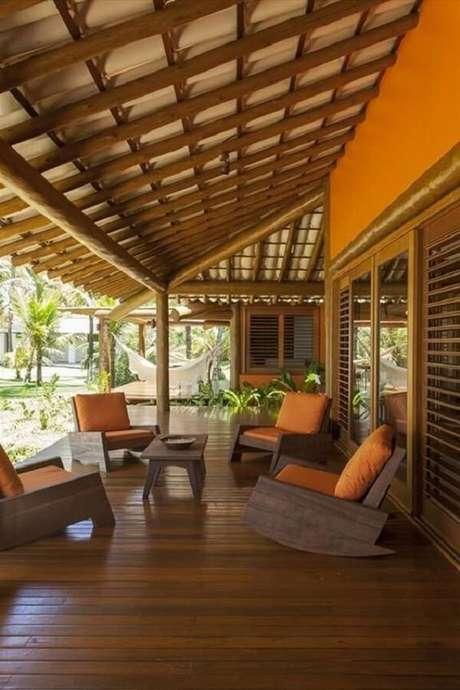 46. Monte uma estrutura resistente para colocar a telha colonial – Por: Revista VD