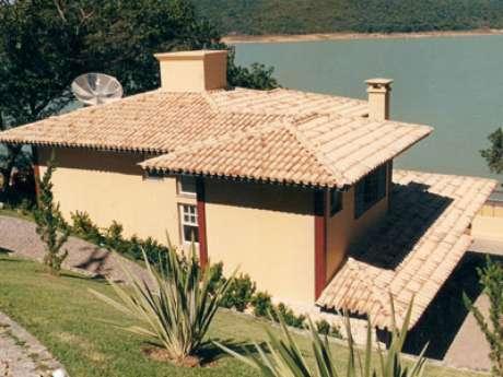 65. Não se esqueça de montar estruturas fortes e resistentes para fazer a telha colonial da sua casa – Por: Ceramica Avante