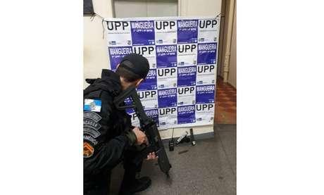 Segundo a Polícia Militar, uma UPP do morro da Mangueira, na zona norte do Rio de Janeiro,foi atacada a tiros por criminosos