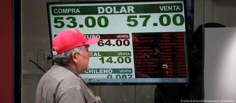 Peso despencou em relação ao dólar