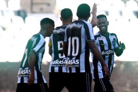 Categorias de base do Botafogo terão experiência na China (Foto: Vítor Silva/Botafogo)