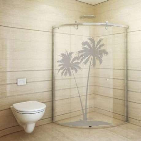 14. Adesivo para banheiro jateado com desenho de Coqueiros. Fonte: Pinterest