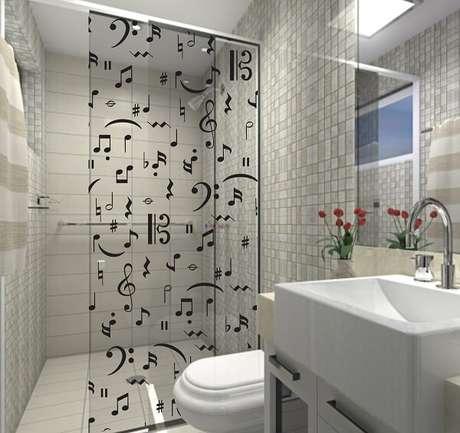 22. Adesivo para box de banheiro com notas musicais. Fonte: Pinterest