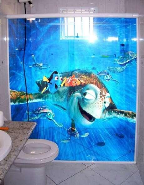 24. Adesivo para box de banheiro com personagens do filme Procurando Nemo. Fonte: Pinterest