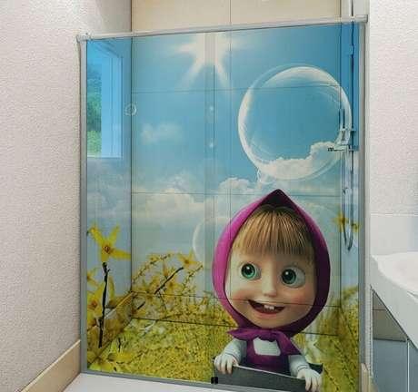 30. Adesivo para box de banheiro infantil. Fonte: Elo7