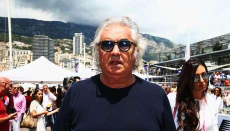 Flavio Briatore inicia uma nova carreira, mas não na Fórmula 1