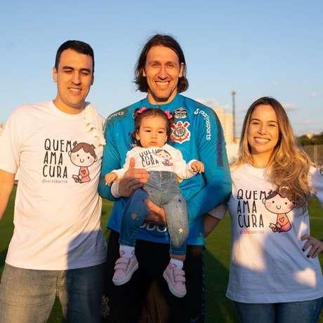 Além de entrar em campo com o Corinthians, família de Marina visitou o CT do clube