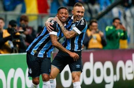 Grêmio vence o Athletico-PR.