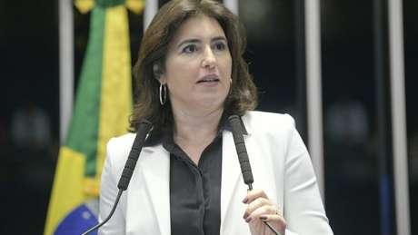Senadora Simone Tebet, do MDB, detona nepotismo praticado por Bolsonaro em indicação do filho para o consulado dos EUA