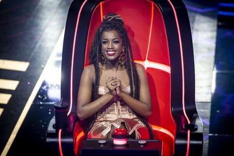 Após sete edições, The Voice Brasil apresentou IZA como sua nova integrante das cadeiras mais desejadas dos realitys show musicais.