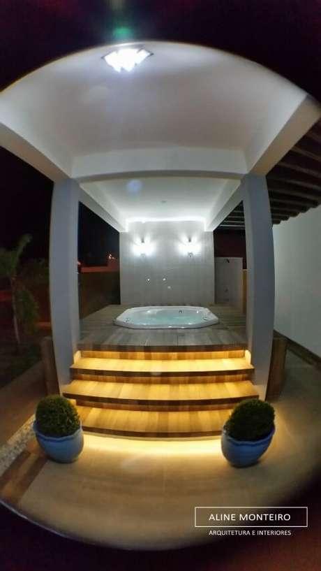 37. Arandelas externas em spa externo. Projeto de Aline Monteiro