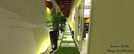 30. Arandelas externas em varanda em forma de corredor. Projeto de Luana Santos
