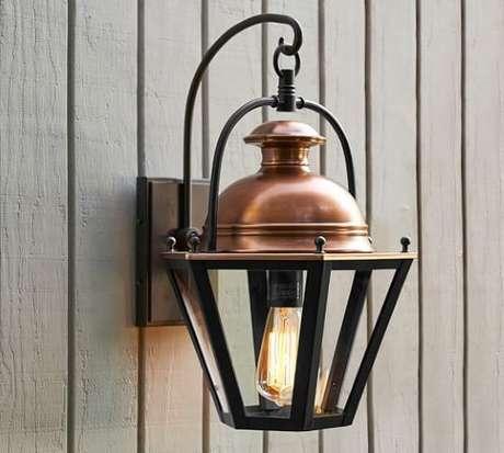 26. Arandelas externas preta com cobre e lâmpada de filamento