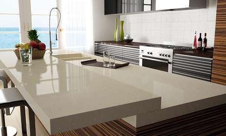 3. O quartzo é uma opção muito interessante e mais barata para a quem sonha com uma bancada para cozinha silestone – Foto: Compac
