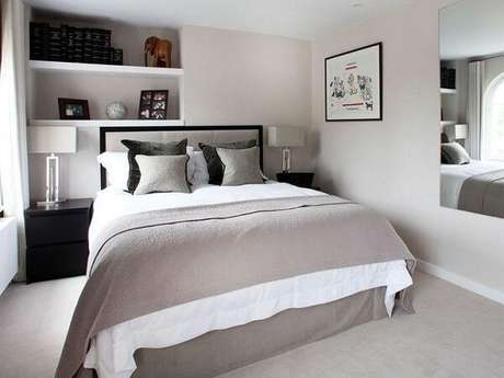 26- As cores para quartos de casal em tons pasteis levam requinte ao ambiente. Fonte: Gorete Colaço