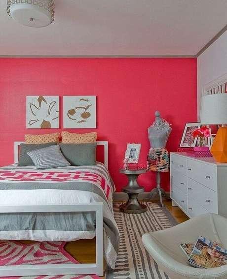 33- As cores para quartos de casal para jovens apresentam tons fosforescentes. Fonte: Pinterest