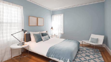 27-A suavidade das cores para quartos devem se repetir na colcha e nas paredes. Fonte: Transforme sua Casa