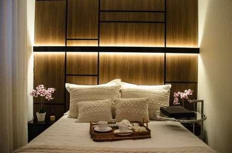 88. Cores para quartos vermelho e almofadas