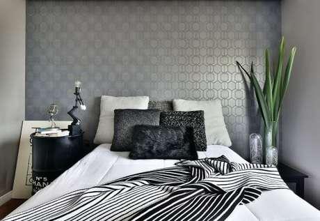89. Quarto em preto e branco: Cores para quartos – Por: Tetriz Arquitetura