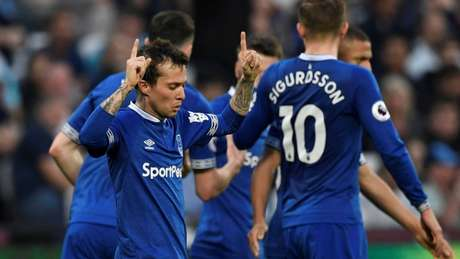 Bernard marcou o único gol do Everton no Goodison Park (Foto: Divulgação/Premier League)