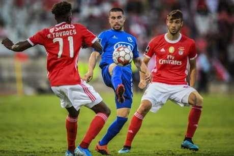 Rafa e Pizzi marcaram os dois gols do Benfica na partida deste sábado (PATRICIA DE MELO MOREIRA/AFP)
