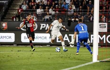 Rennes bateu o PSG neste domingo por 2 a 1 (Divulgação)
