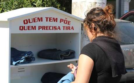 Casa de roupas permite a realização de doação de peças