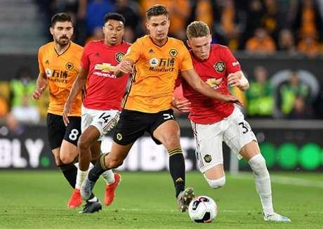 Wolves e United ficaram no empate (Foto: AFP)