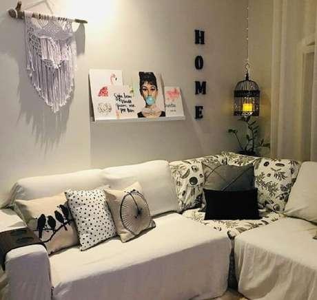 56. Enfeite a sala de estar com gaiolas decorativas. Fonte: Pinterest