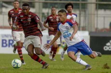 Yuri César em ação pelo Flamengo no Campeonato Brasileiro Sub-20 (Foto: Marcelo Cortes/Flamengo)