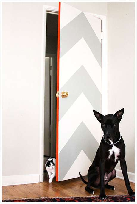 32. O adesivo de porta pode trabalhar com padrões. Foto: BuzzFeed