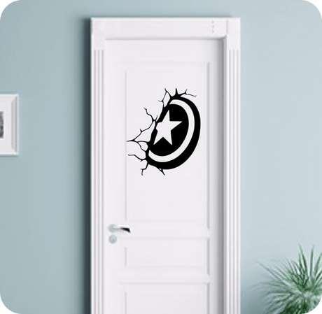 14. O adesivo de porta pode ser simples. Foto: Simbiose Verde