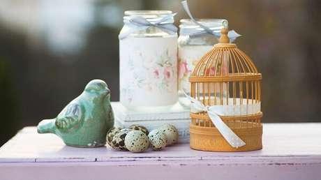 29. Charme e romantismo com essa gaiola decorativa pequena. Fonte: Westwing