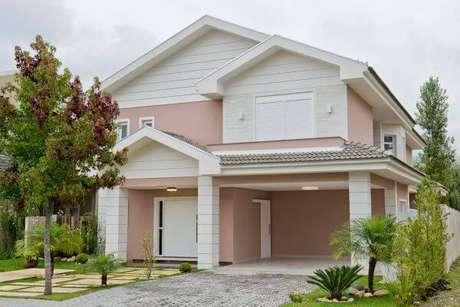32. Pinturas de casas de campo com fachada cor de rosa – Por: Revista VD