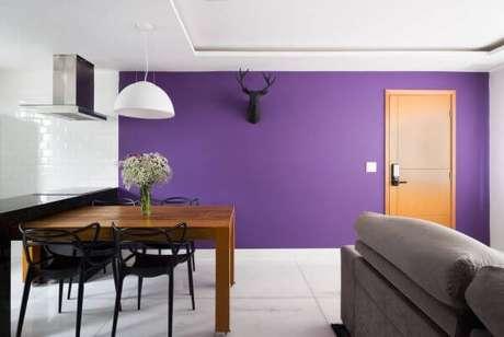 5. Pinturas de casas internas na cor roxa – Por: Pinterest