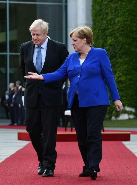 Chanceler alemã Angela Merkel e o primeiro-ministro britânico, Boris Johnson, durante encontro em Berlim. 21/8/2019. REUTERS/Annegret Hilse
