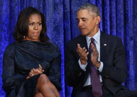 Ex-presidente dos EUA Barack Obama e sua mulher, Michelle Obama