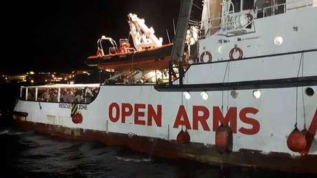 Imigrantes do Open Arms serão distribuídos em 4 países da UE