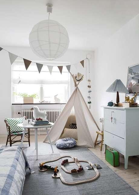 1. Cabaninha infantil em tom nude se harmoniza com a decoração do quarto. Fonte: Casa & Ambiente Bebê