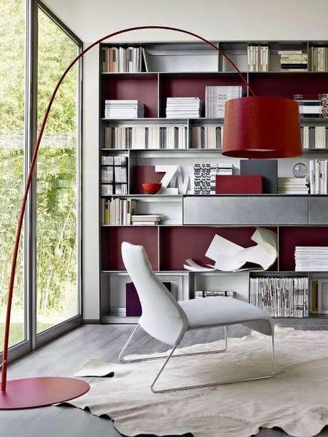 31. Que tal usar a cor marsala na decoração do escritório – Por: Pinterst