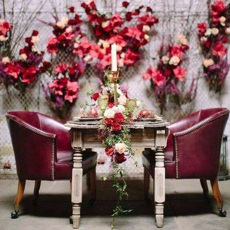 14. A decoração de casamento marsala e rosa pode ser a sua melhor escolha para a casa – Por: Pinterest