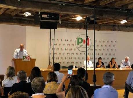 PD divulga condições para diálogo com M5S na Itália