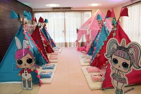 12. Festa do pijama temática com cabaninha infantil. Fonte: Bebê Abril