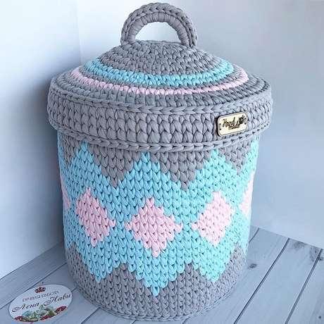 9. O cesto de crochê com tampa é ainda mais funcional. Foto: My King List