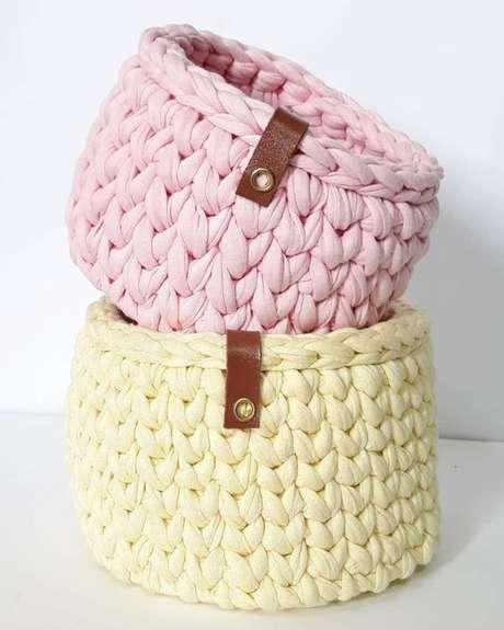 25. A simplicidade é algo que também cabe ao cesto de crochê. Foto: Tua Casa
