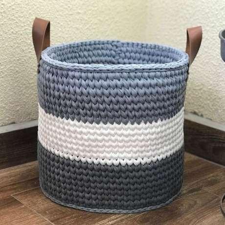 14. As listras simples também são interessantes em um cesto de crochê. Foto: Revista Artesanato