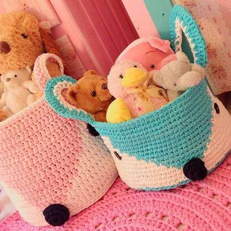 66. O cesto de crochê pode ser utilizado para guardar brinquedos. Foto: Imgrum