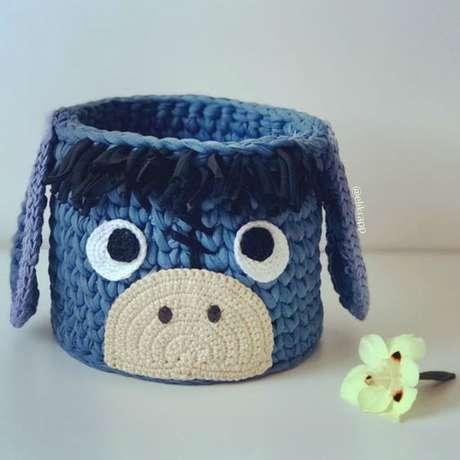 55. Alguns modelos de cesto de crochê costumam ser ótimos presentes. Foto: Revista Artesanato