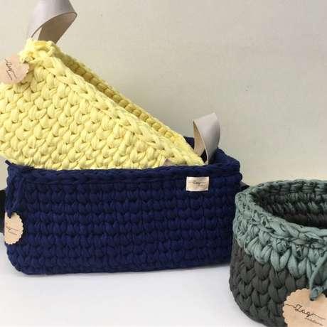 48. Alças são muito comuns em cesto de crochê. Foto: Tua Casa
